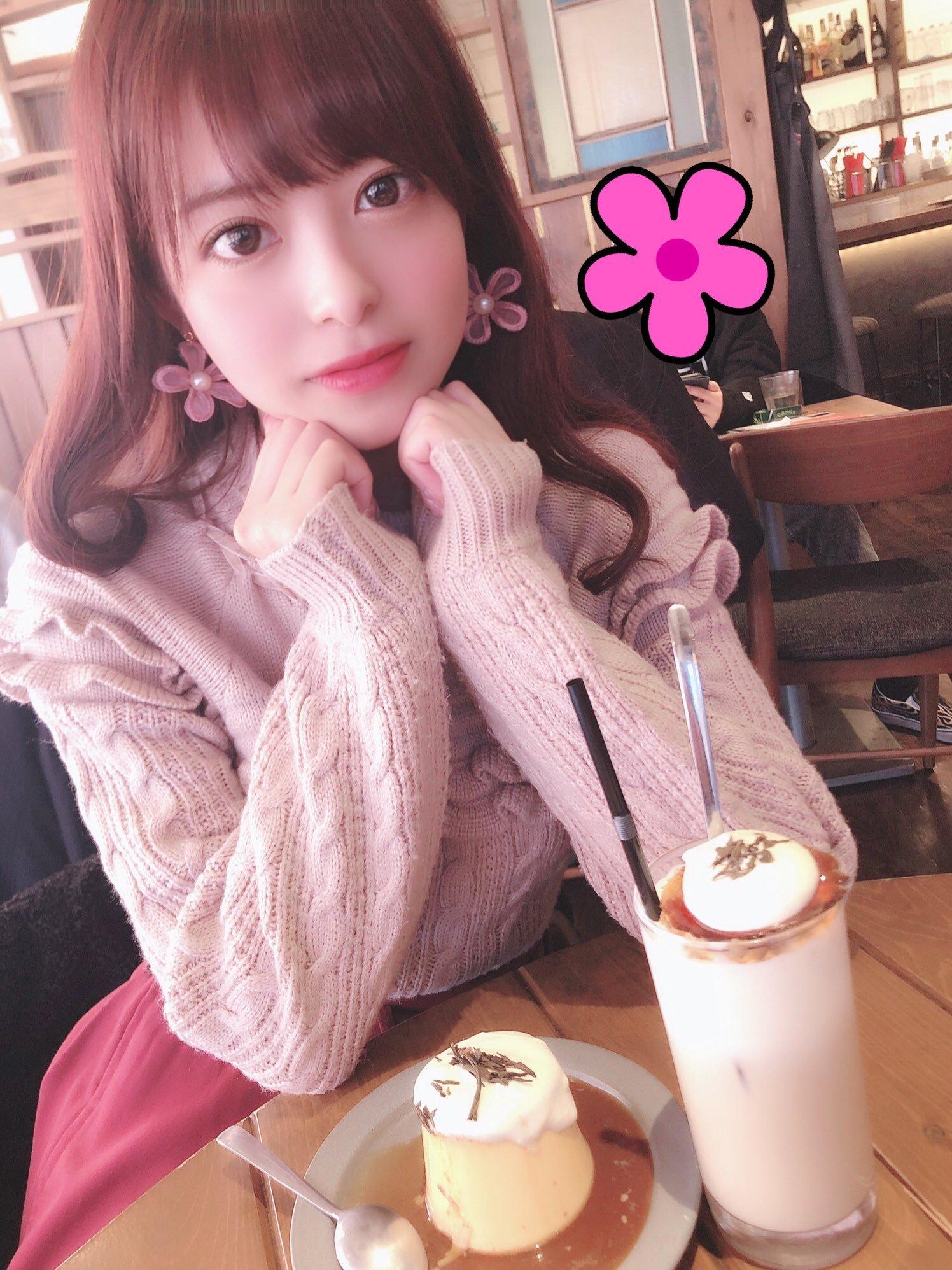 moko_sakura3 1233265150364282880_p1