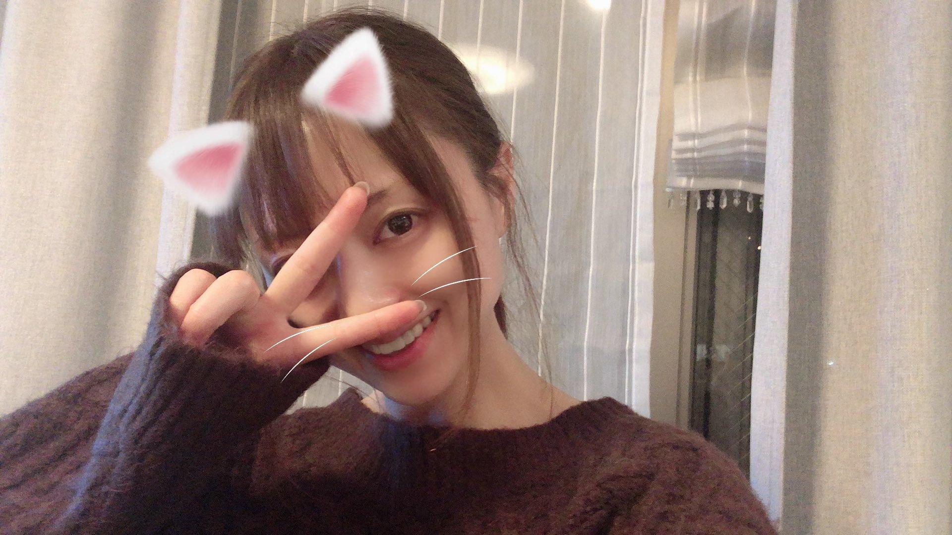 akiho_yoshi 1231180116731949056_p0