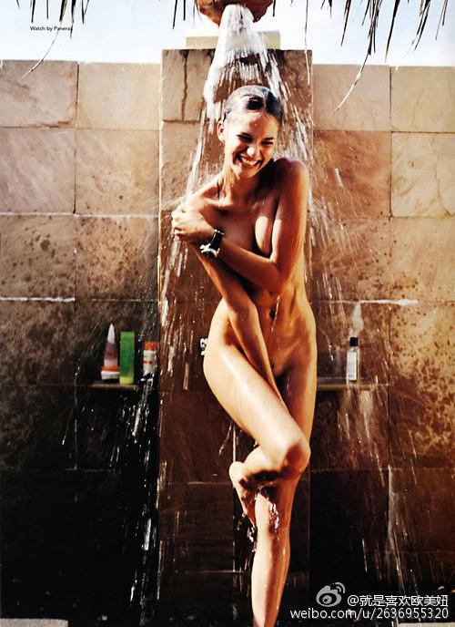 偷拍美女洗澡图