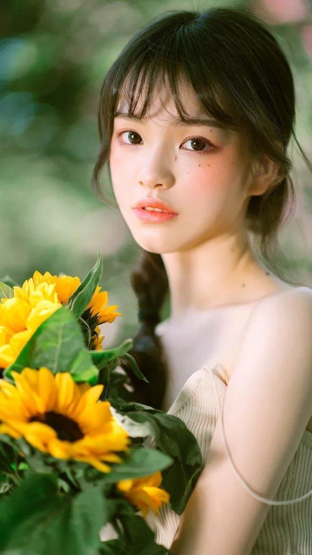 itotii晚安心语心情200217:可可爱爱没有脑袋,开开心心不动脑筋