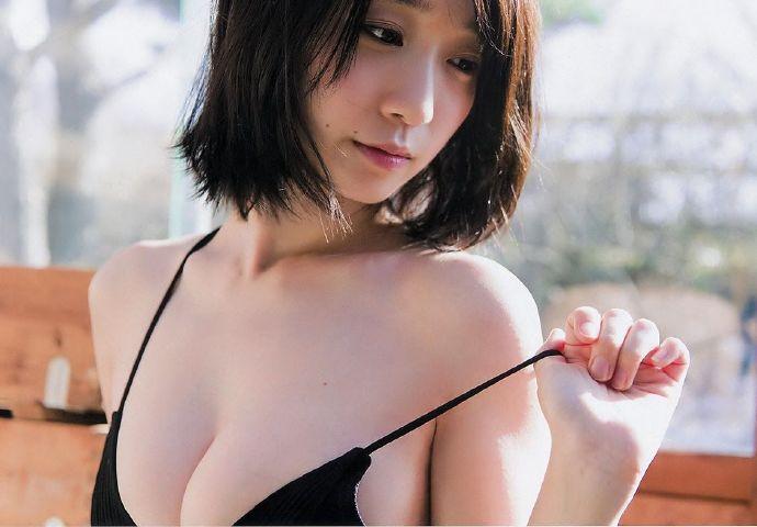 伊织萌 Young Champion