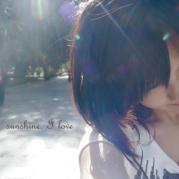 小女人安和微博照片