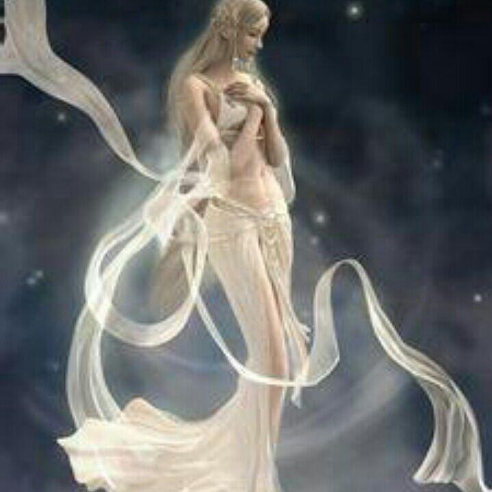 在梦幻的世界真实,在梦幻的世界迷醉,在梦幻的世界探索,在梦幻的世界奇遇。魅惑的世界,美丽的陶醉,从不迷失自我。亓妜倚(袈姇)