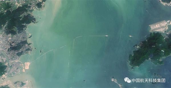 太空看港珠澳大桥:从无到有的震撼的照片 - 6