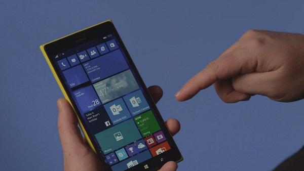 Windows 10 手机预览版更新开始推送下载的照片