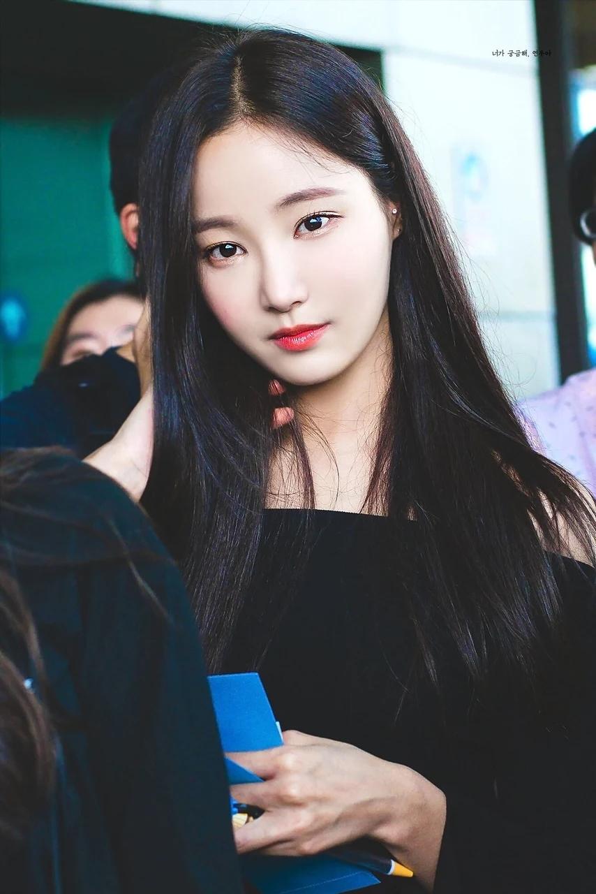 """这8位拥有""""陶瓷皮肤""""的韩国女偶像,让粉丝超羡慕插图6"""