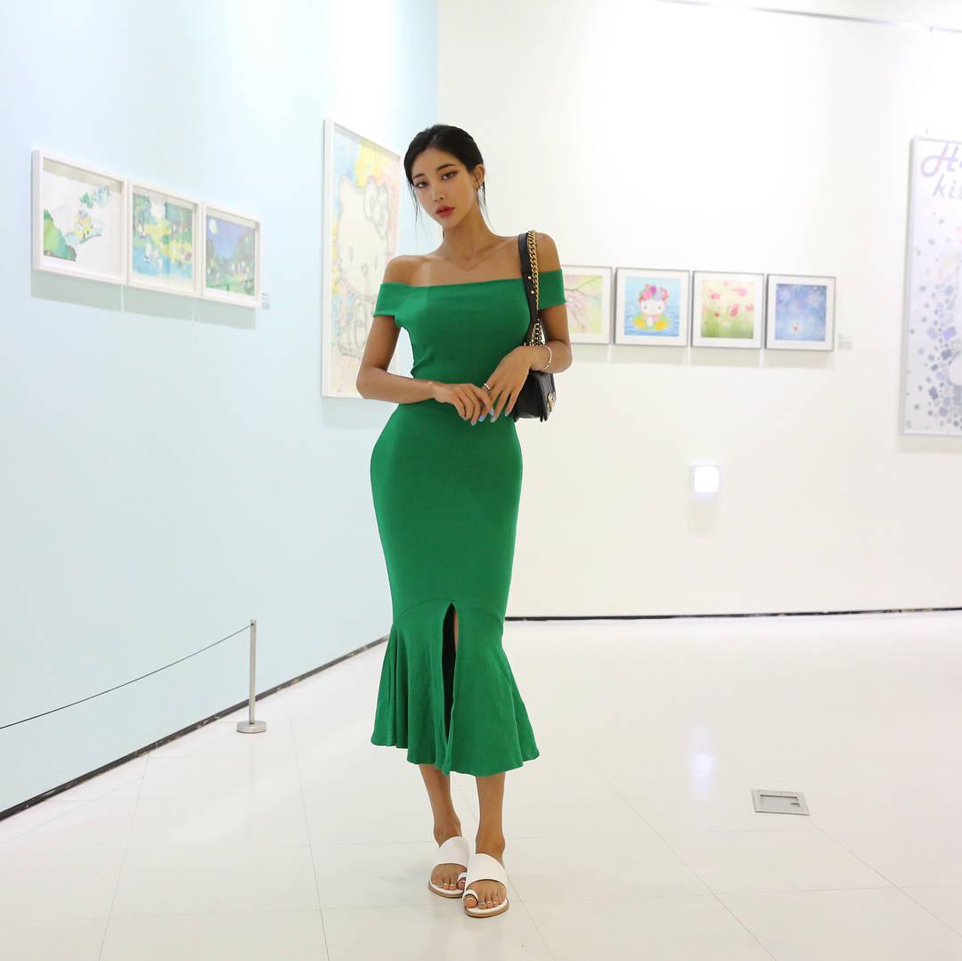 绿色裙子是不是比较显身材啊? 第3张