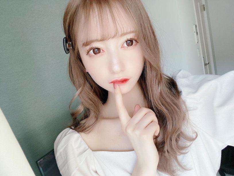 日本大眼萌妹jurina蕾丝内衣解放白皙水嫩美肌 妹子图 热图5