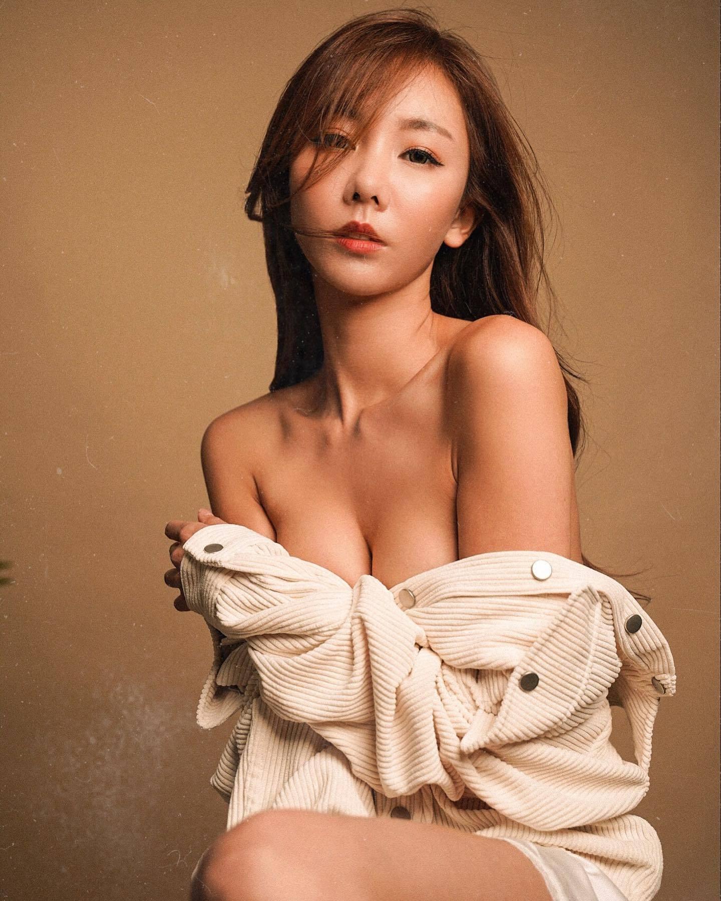 美女网红杨杨被问为何想当网红 正面回应被赞翻 男人文娱 热图4