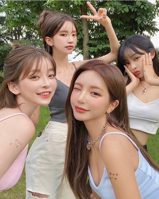韩国最高颜值闺蜜团引爆话题 正妹的朋友果然是正妹