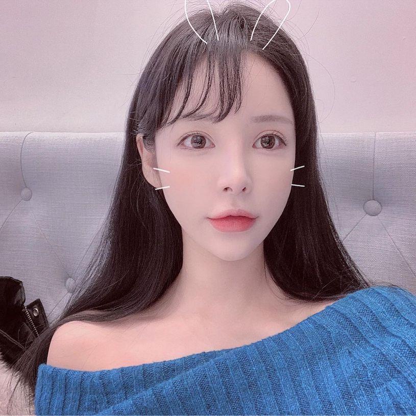 韩国Angelababy!「曲线爆辣」的漂亮小姐姐Dami,胸前线条让人浑身发烫!-新图包