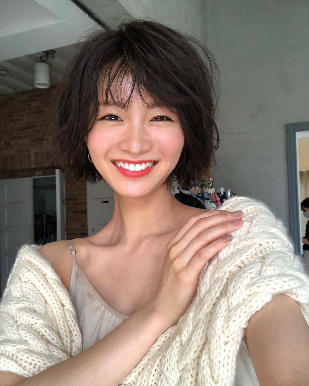 日系时尚杂志模特冈崎纱绘清甜笑容亲和力十足完全就是女友理想型 网络美女 第35张