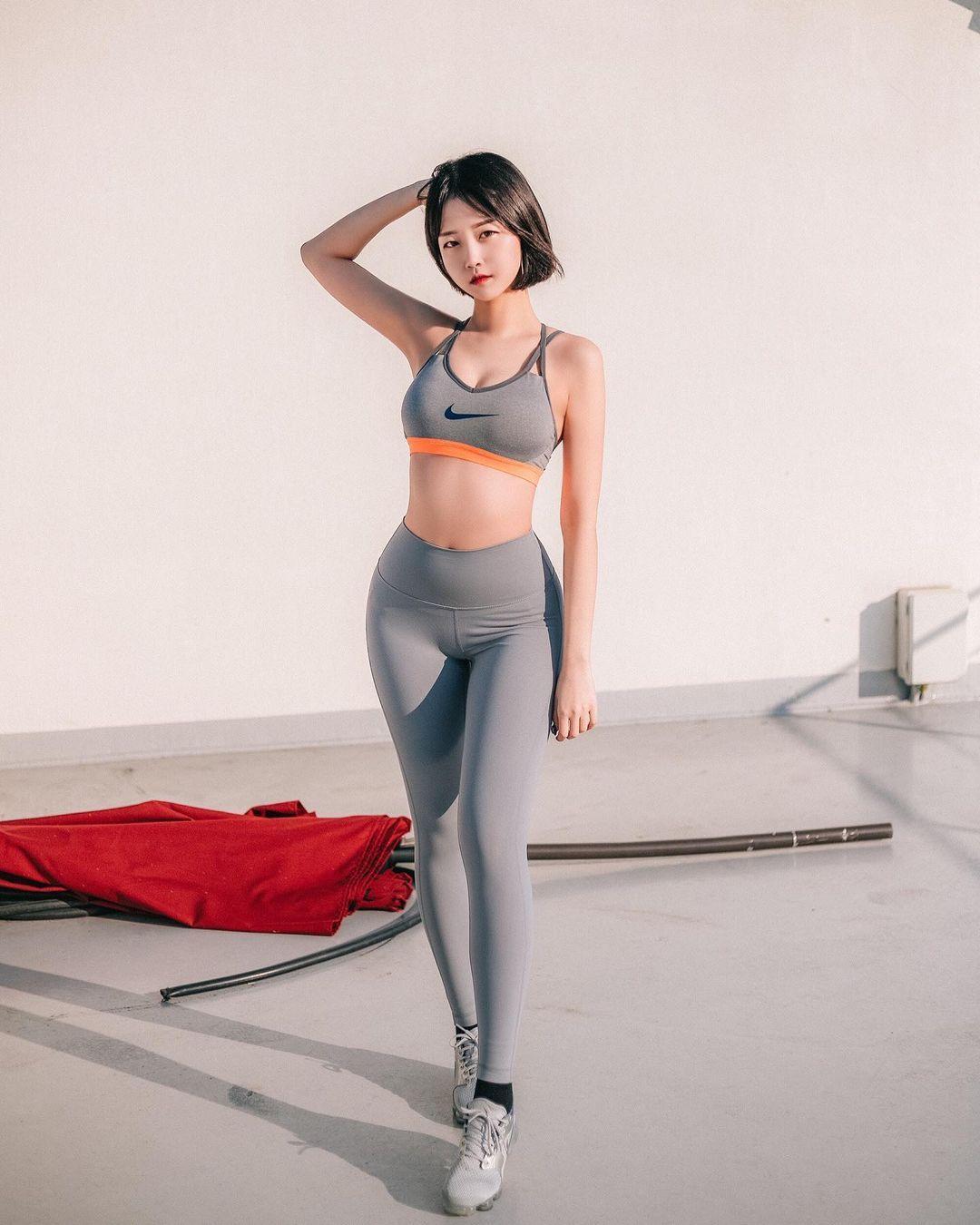 韩国极品模特推荐「Rumi」健身小只马连锁模特儿插图4