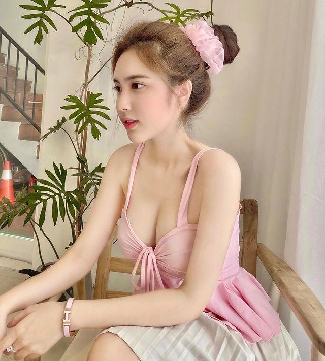 越南美少女DOANGHI雪肤嫩肤 性感清纯的18岁 养眼图片 第7张
