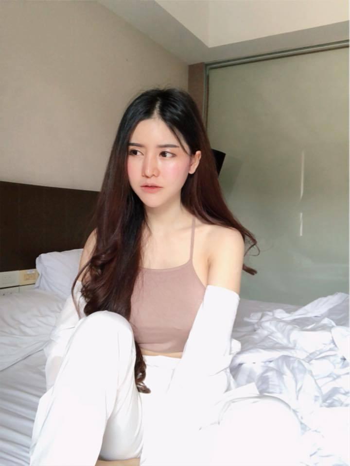 泰国澎派好妹《Blue Jirarat》