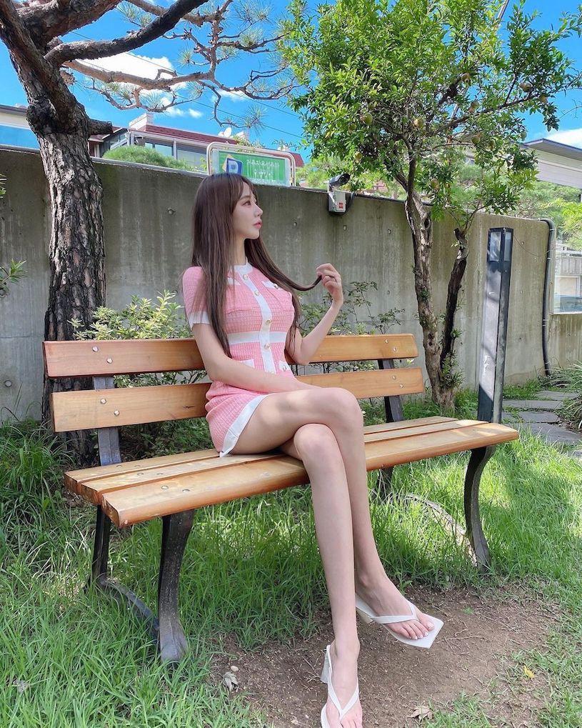 韩国人气正妹「 장 수 지 」,就算戴着口罩照样能被一眼认出来-新图包