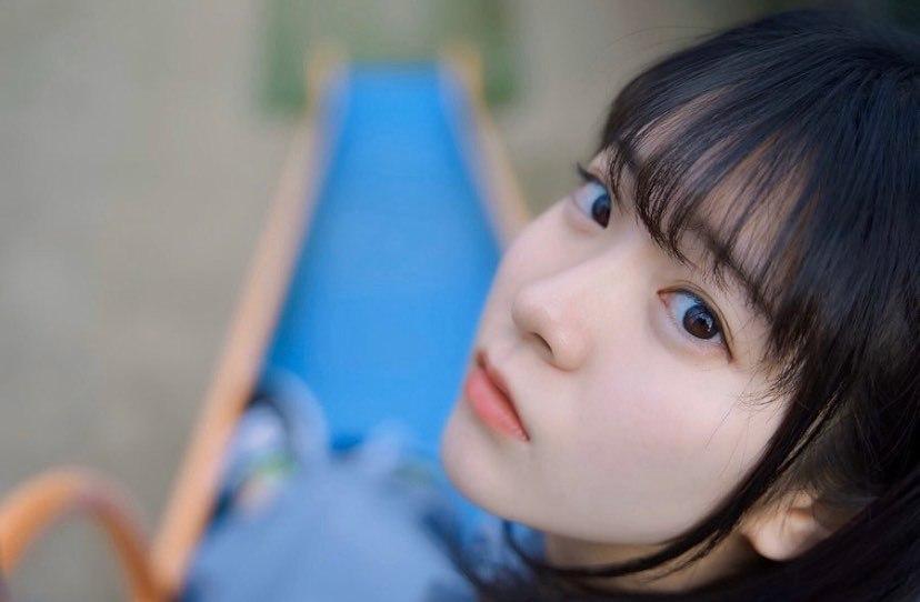 17岁仙女高中生瀬戸りつ绝美长相激似IU 全身散发空灵气质美到有点不真实 养眼图片 第12张