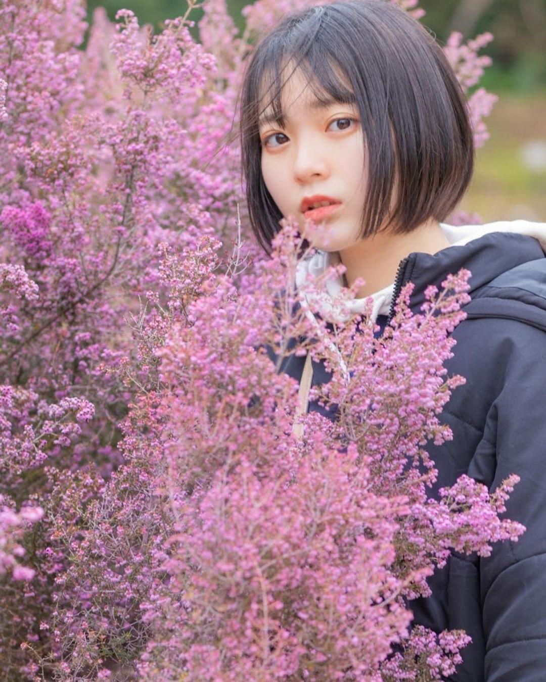 17岁仙女高中生瀬戸りつ绝美长相激似IU 全身散发空灵气质美到有点不真实 养眼图片 第18张