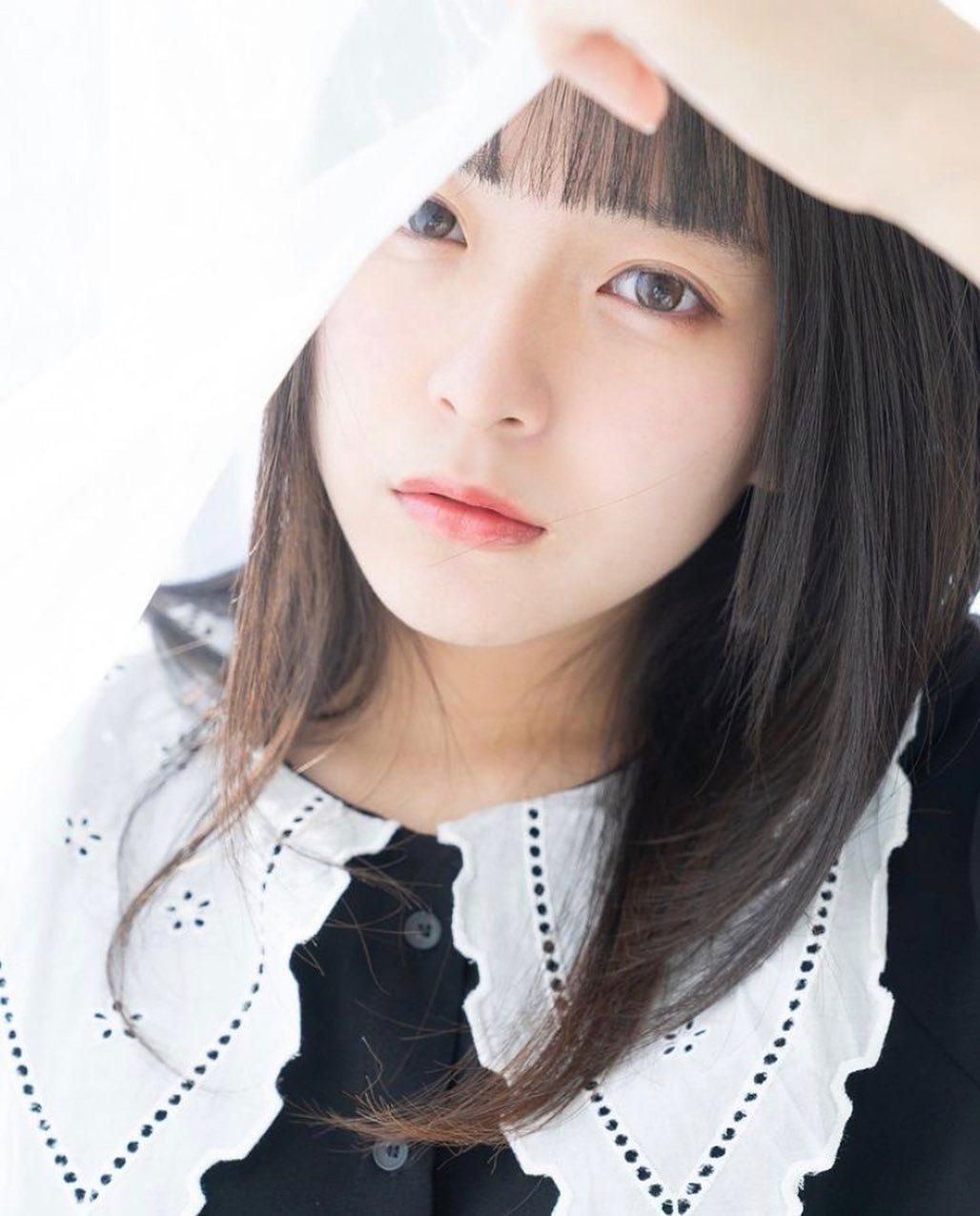 17岁仙女高中生瀬戸りつ绝美长相激似IU 全身散发空灵气质美到有点不真实 养眼图片 第23张