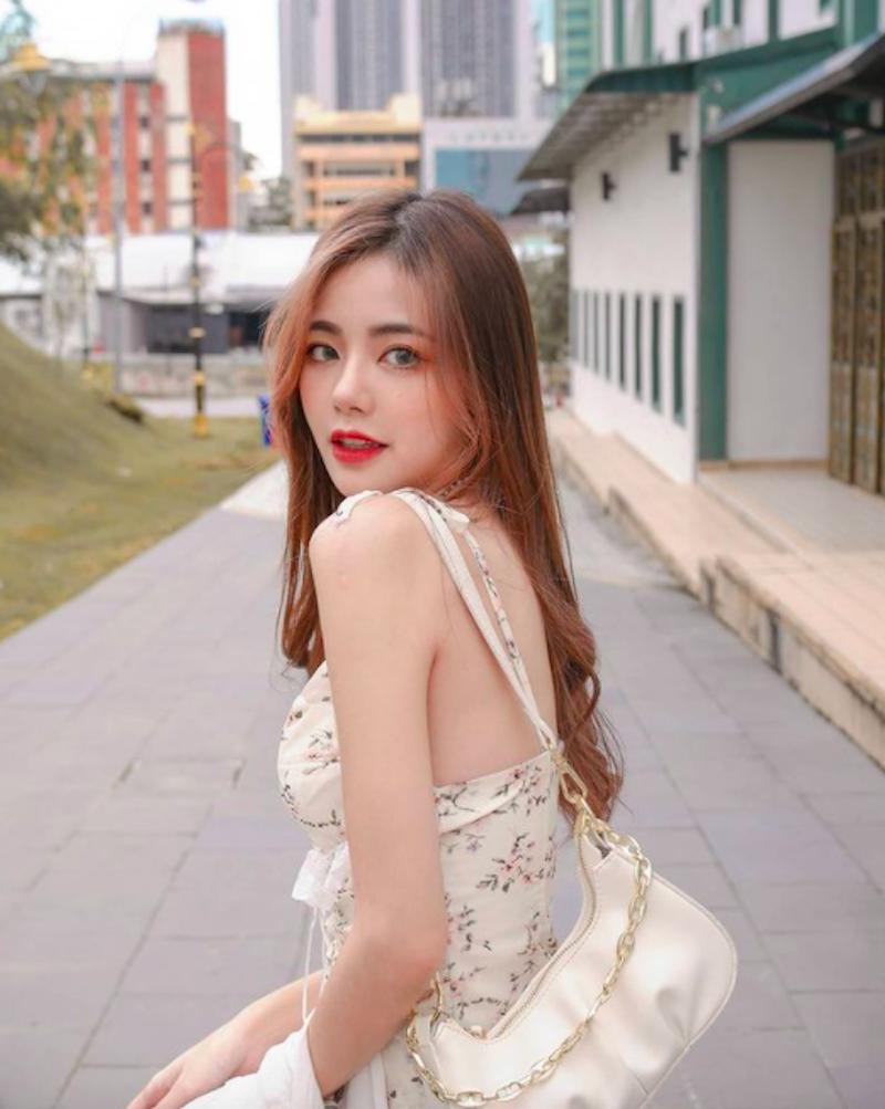 甜美活泼买来西亚美女JW靖汶小洋装秀雪白美 宅男福利 第3张