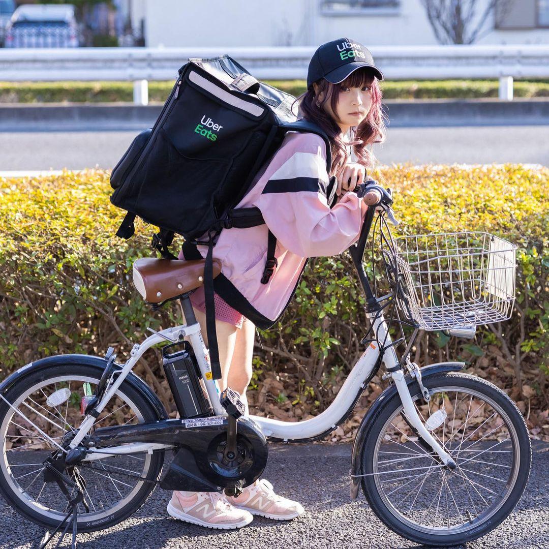 日本知名Coser「KURUMI」cosplay外卖员,养眼画面让人看得出神!-新图包