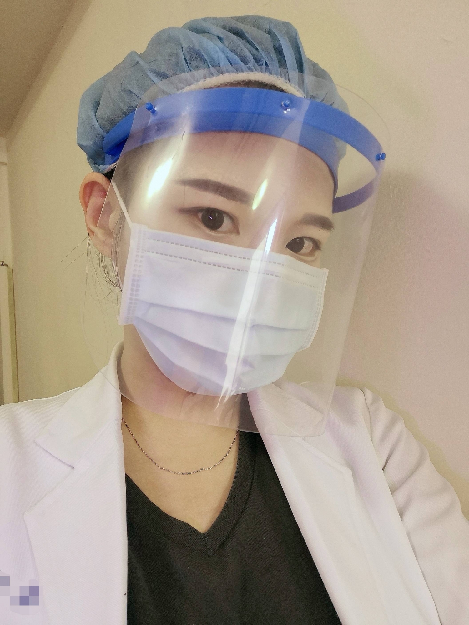 正妹医生「绿肥儿」网友:病人血压会下不来-新图包