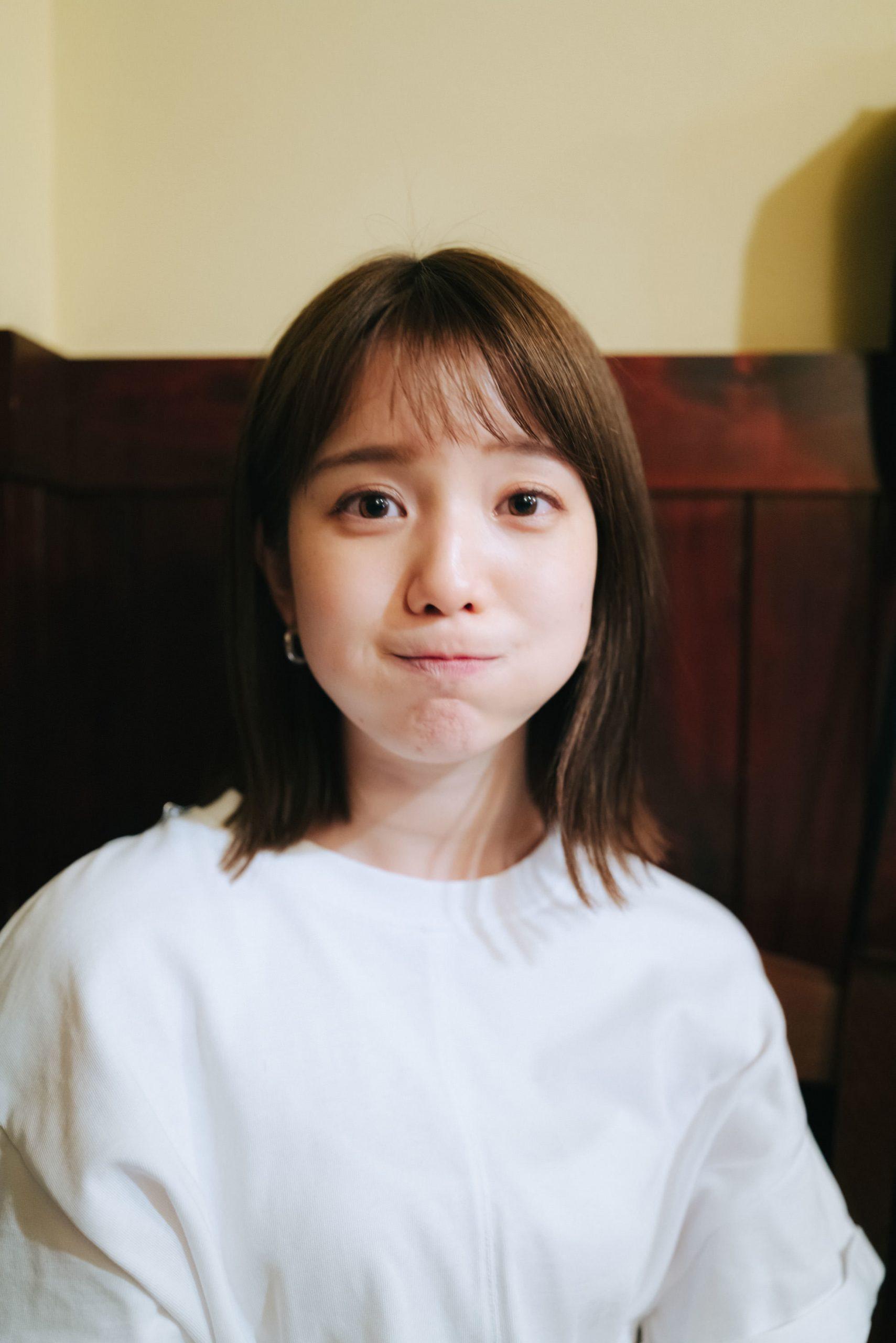 弘中绫香30岁纪念写真书夏天贴身采访『ひろなかのなか』7月发售-itotii