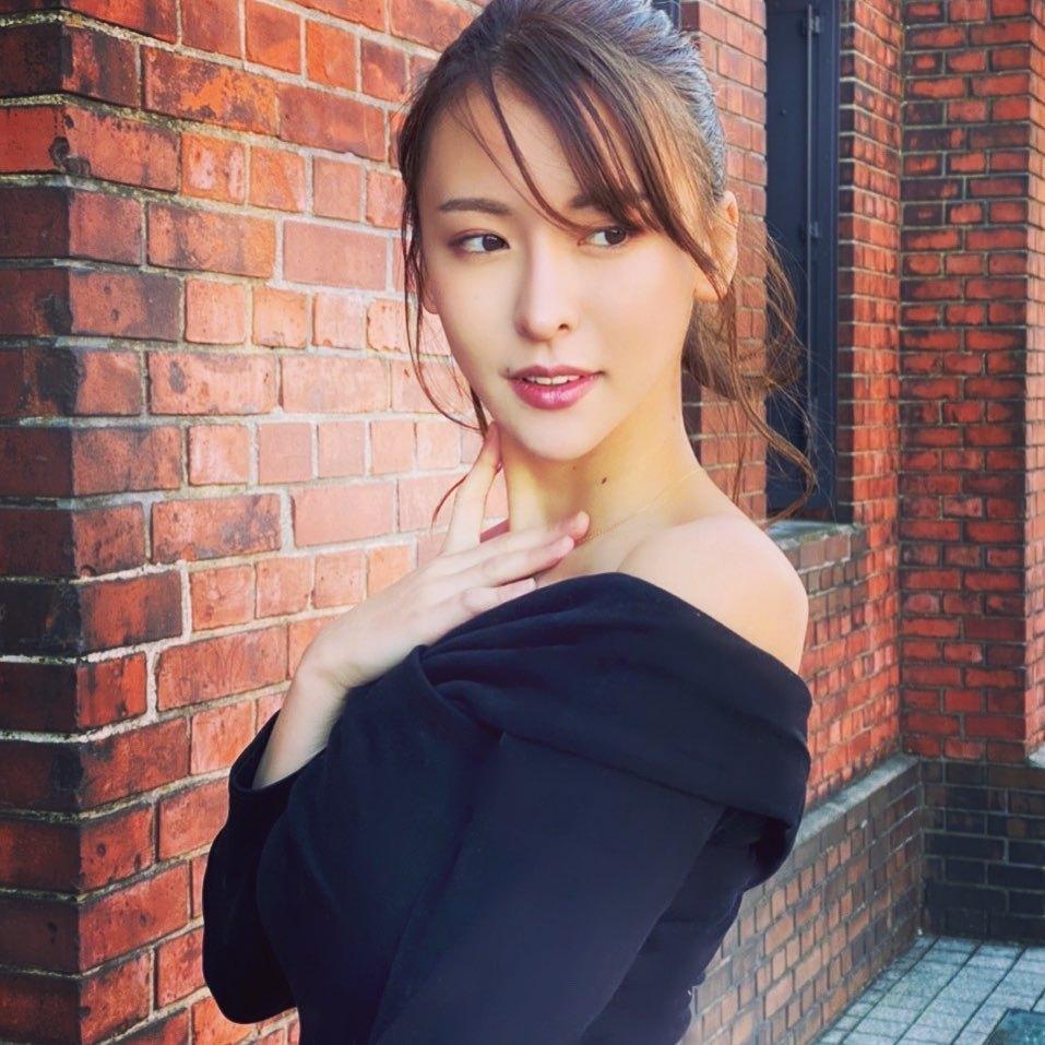 美艳御姐奈月セナ身型超暴力 白皙嫩腿修长 网络美女 第5张