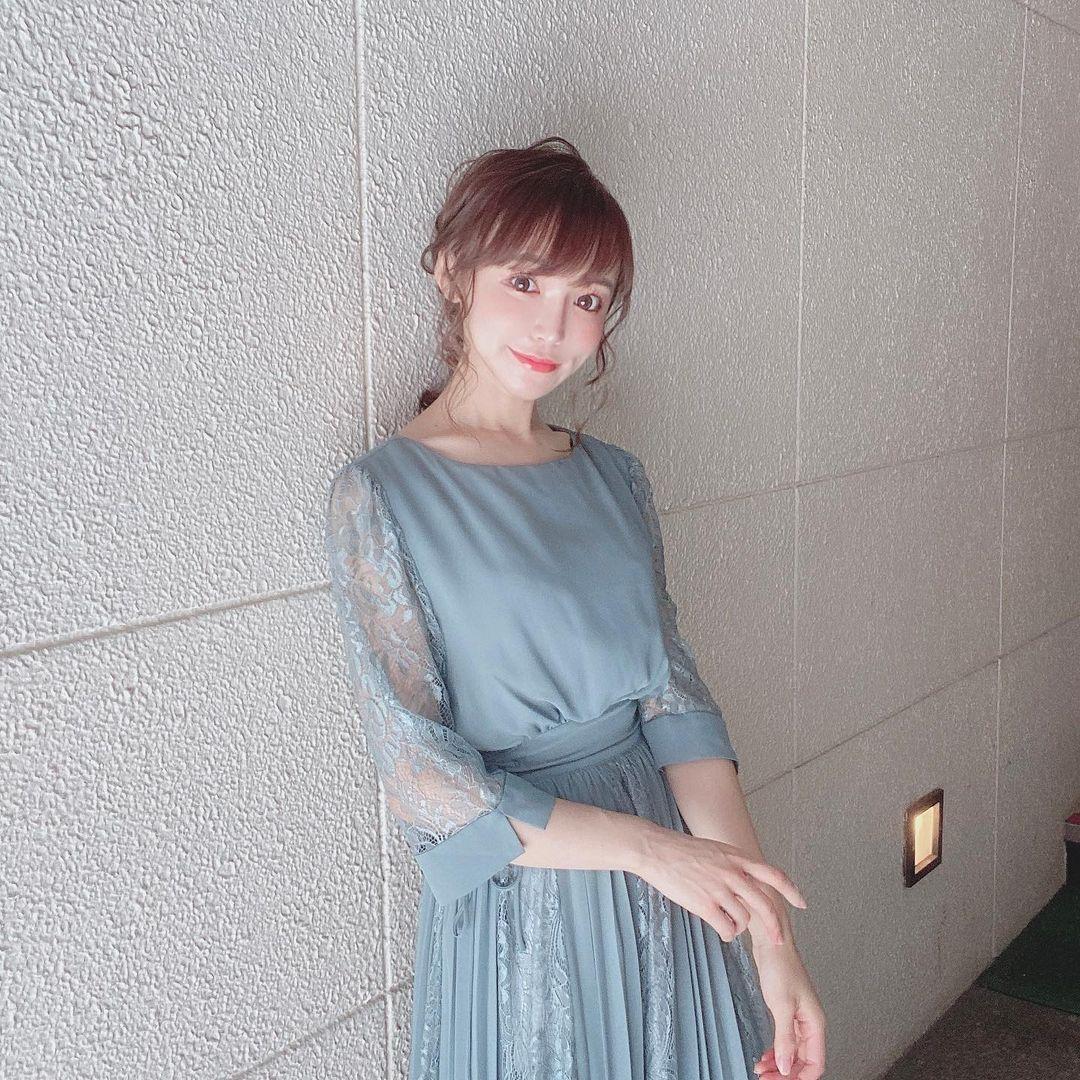150cm甜美正妹是现役药剂师 网友光看就恋爱 美女动图 第14张