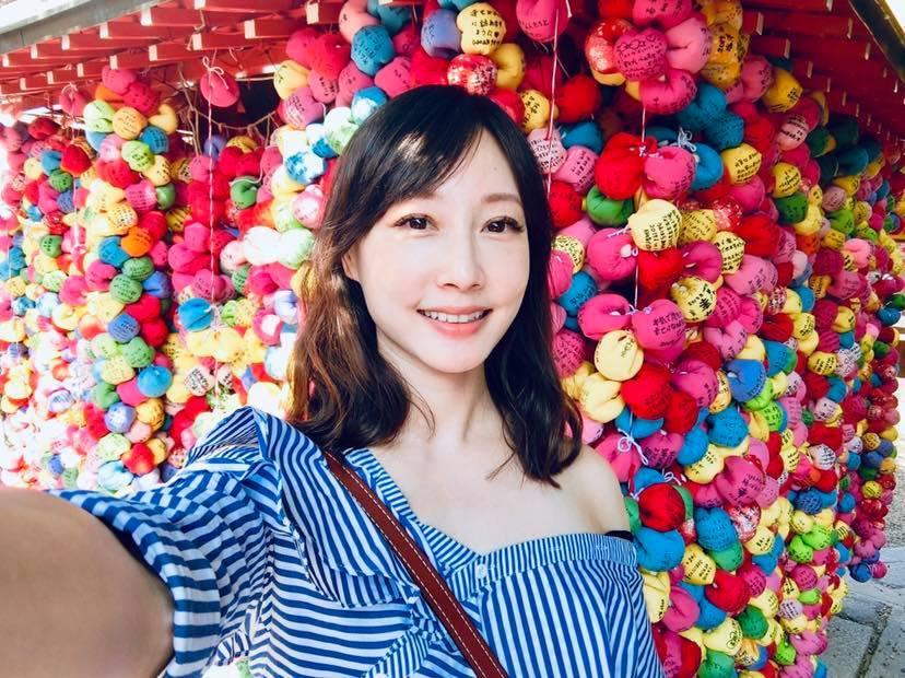 美女主播吴宇舒在家健身大晒马甲线辣照狂吸万人按赞 网络美女 第12张