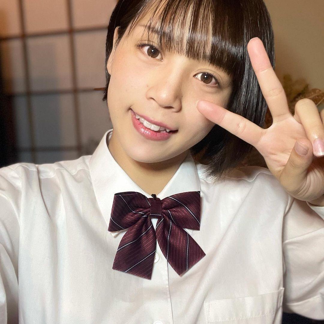 选美比赛冠军 短发高中妹山冈雅弥16岁青春 深邃卧蚕双眼彷佛随时在放电 网络美女 第9张