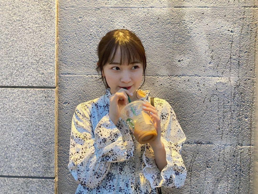 甜美小吃货森戸知沙希大口吃美食画面超疗愈疲惫心灵也跟着得到满足 养眼图片 第23张