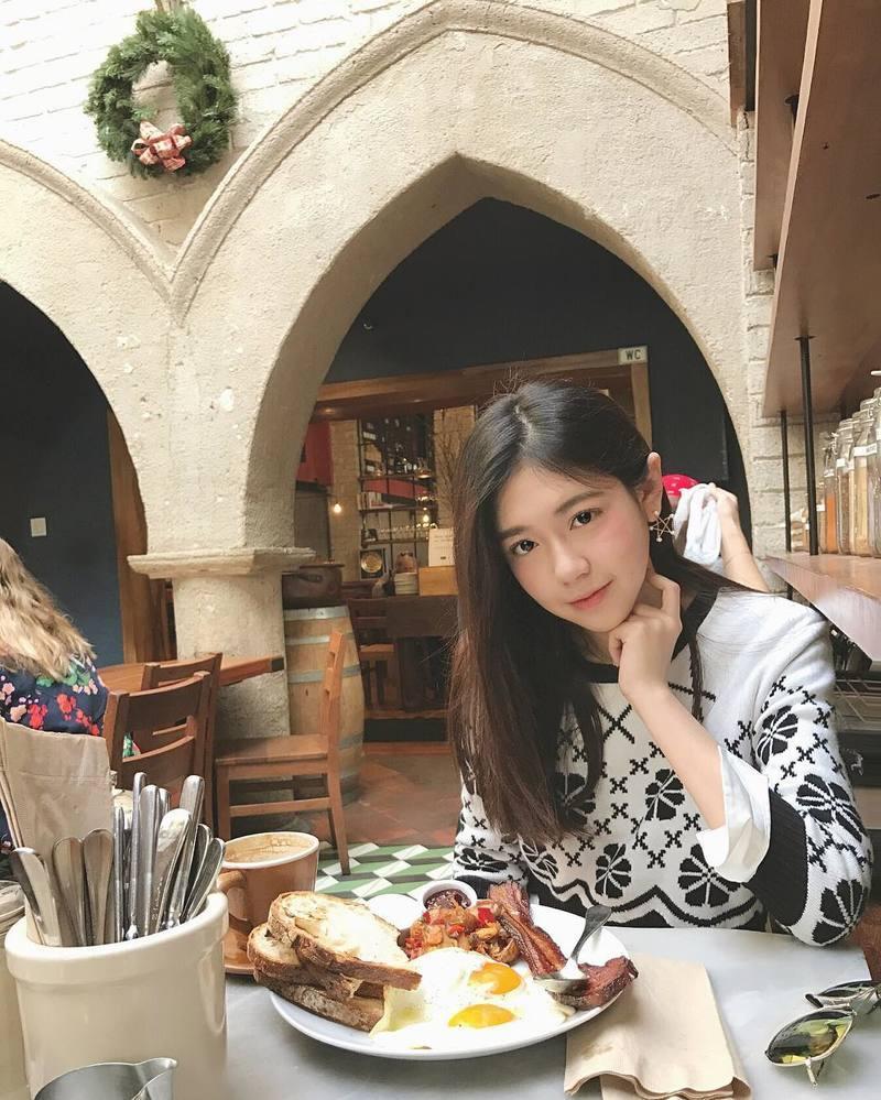 SNIS-825作品视频简介_中文字幕资源_种子免费下载地址