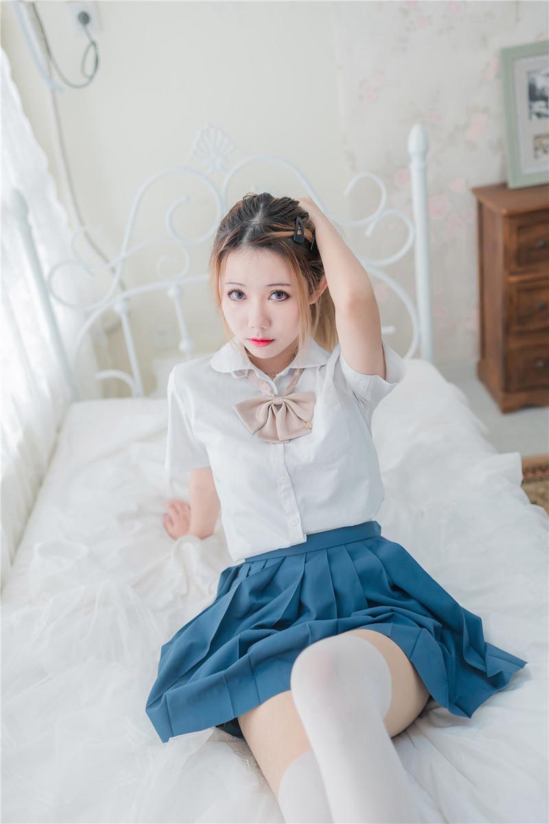 DIC-073 七美濑奈(七美せな)是个爱吃棍棍的女夭女