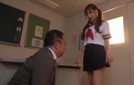 明里紬老师什么事情都一手抓 男女之事 第7张