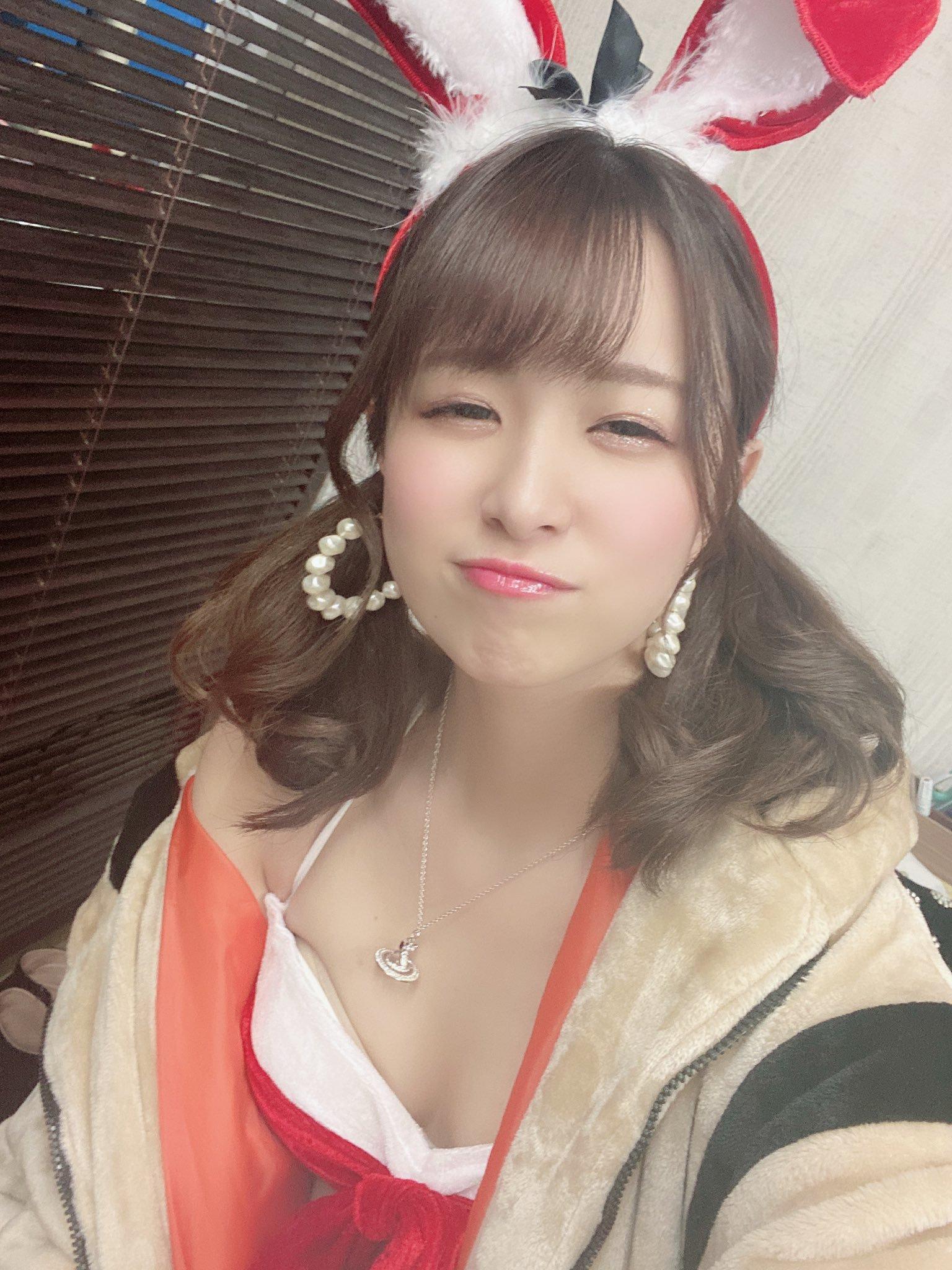 hikari_ninoheee 1250088835083407362_p1