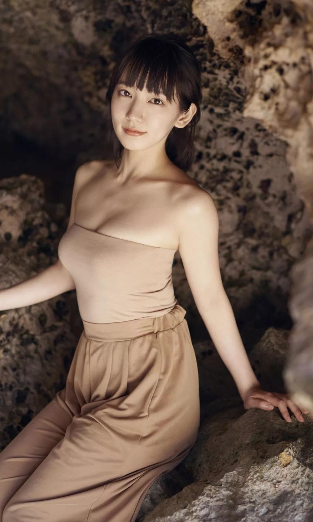 吉冈里帆 写真集Riho (20)
