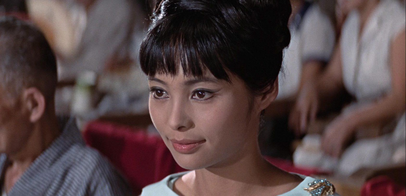 若林映子 007之雷霆谷