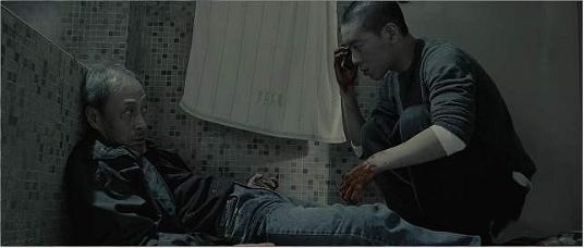 电影《复仇者之死》从现实轮回在谎言庇护下暴露来看美国的落败命运 (5)