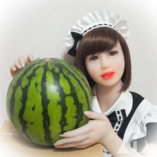 带你领略日本现实举办的只有在日剧或者动漫中才看到的大西瓜比赛 (6)