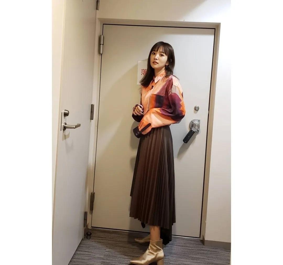 离爆红只差一点点的日本演员夏菜将和圈外男友结婚 (11)