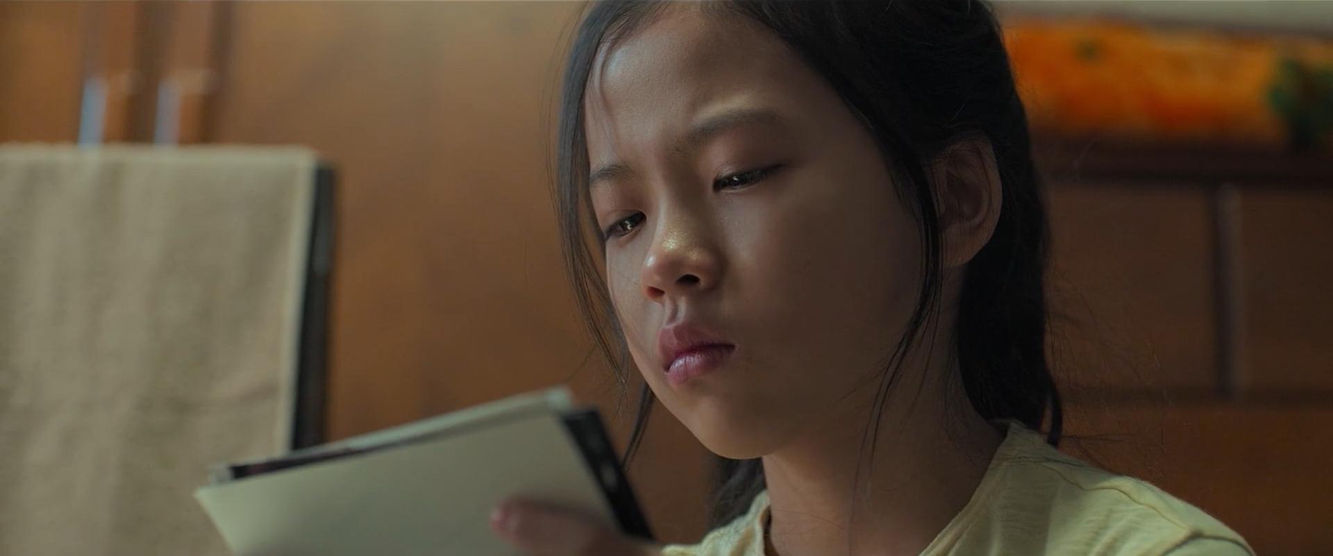 韩国电影《小委托人》不幸的人,一生都在治愈童年 (11)