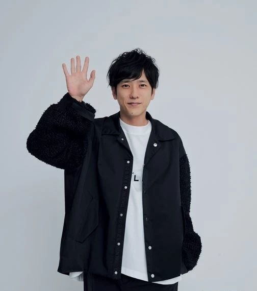 日本爱豆二宫和也升级成为了爸爸没有想到成为岚里面第一个爸爸 (2)