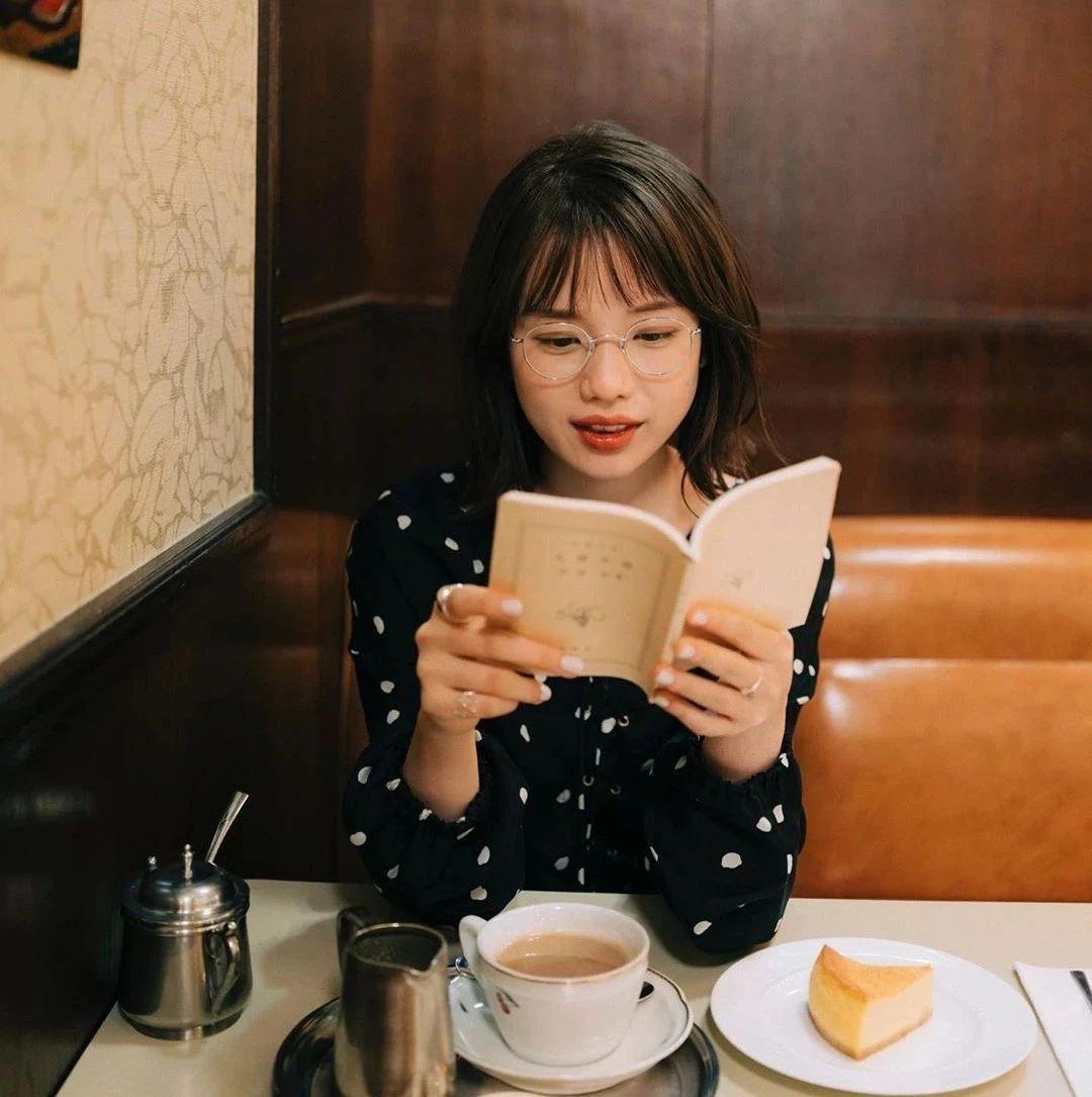 永远一张娃娃脸的棉花糖女孩弘中绫香写真作品 (19)