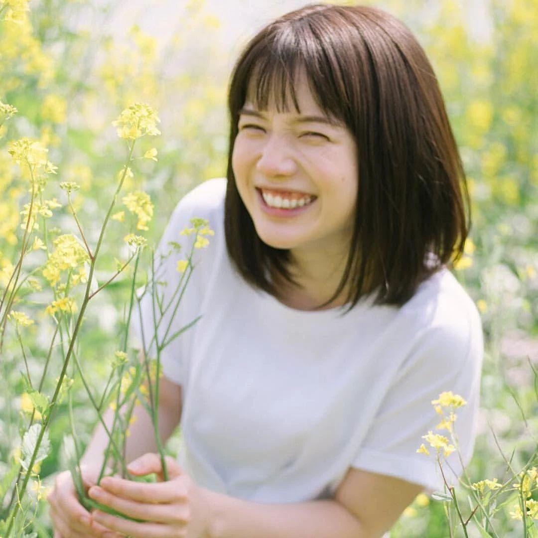 永远一张娃娃脸的棉花糖女孩弘中绫香写真作品 (56)