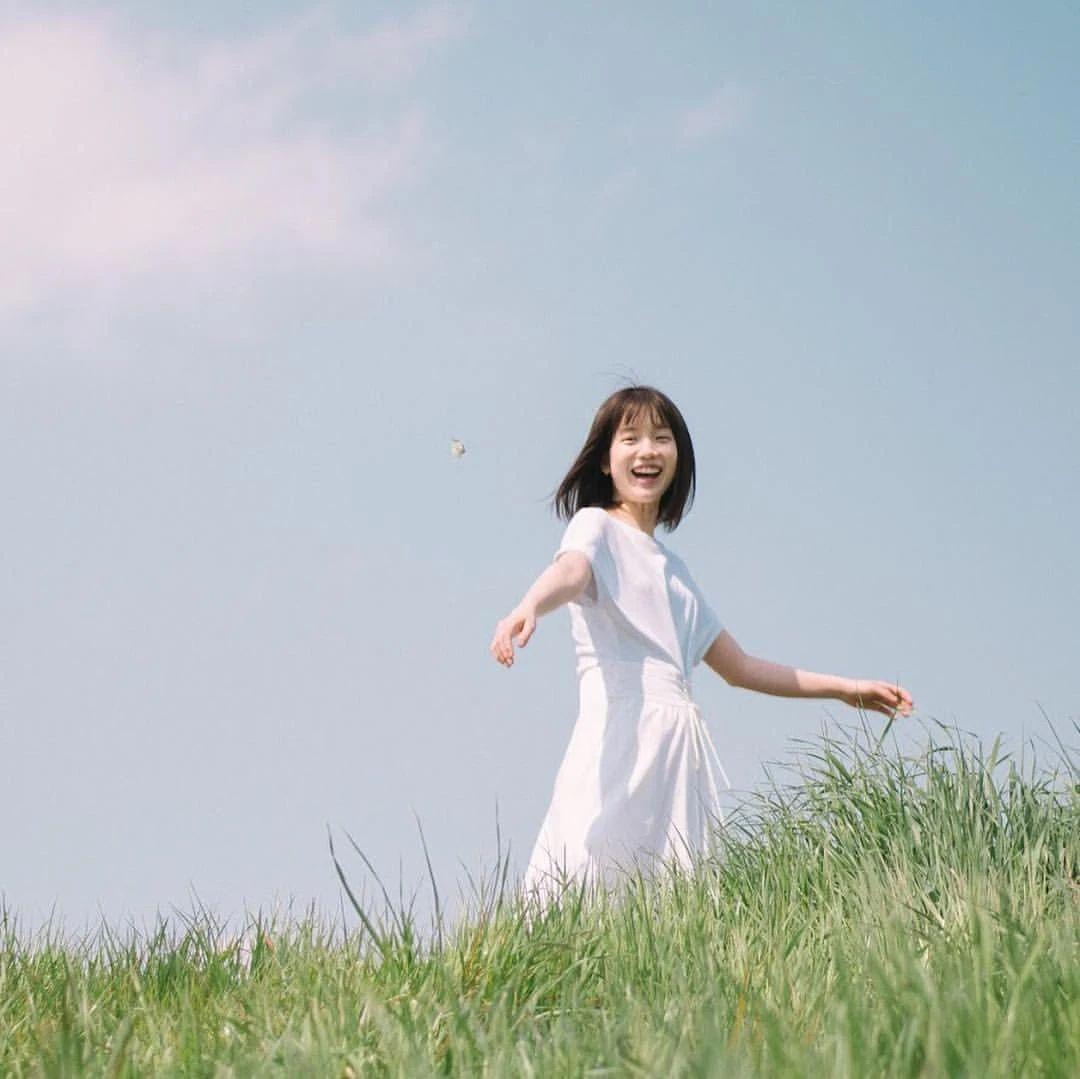永远一张娃娃脸的棉花糖女孩弘中绫香写真作品 (58)