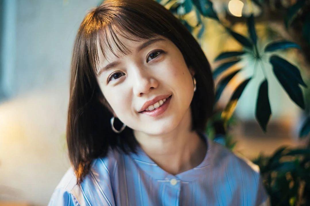 永远一张娃娃脸的棉花糖女孩弘中绫香写真作品 (98)