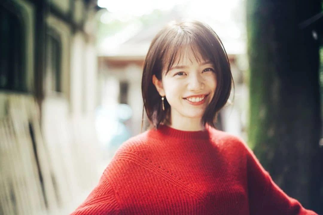 永远一张娃娃脸的棉花糖女孩弘中绫香写真作品 (3)