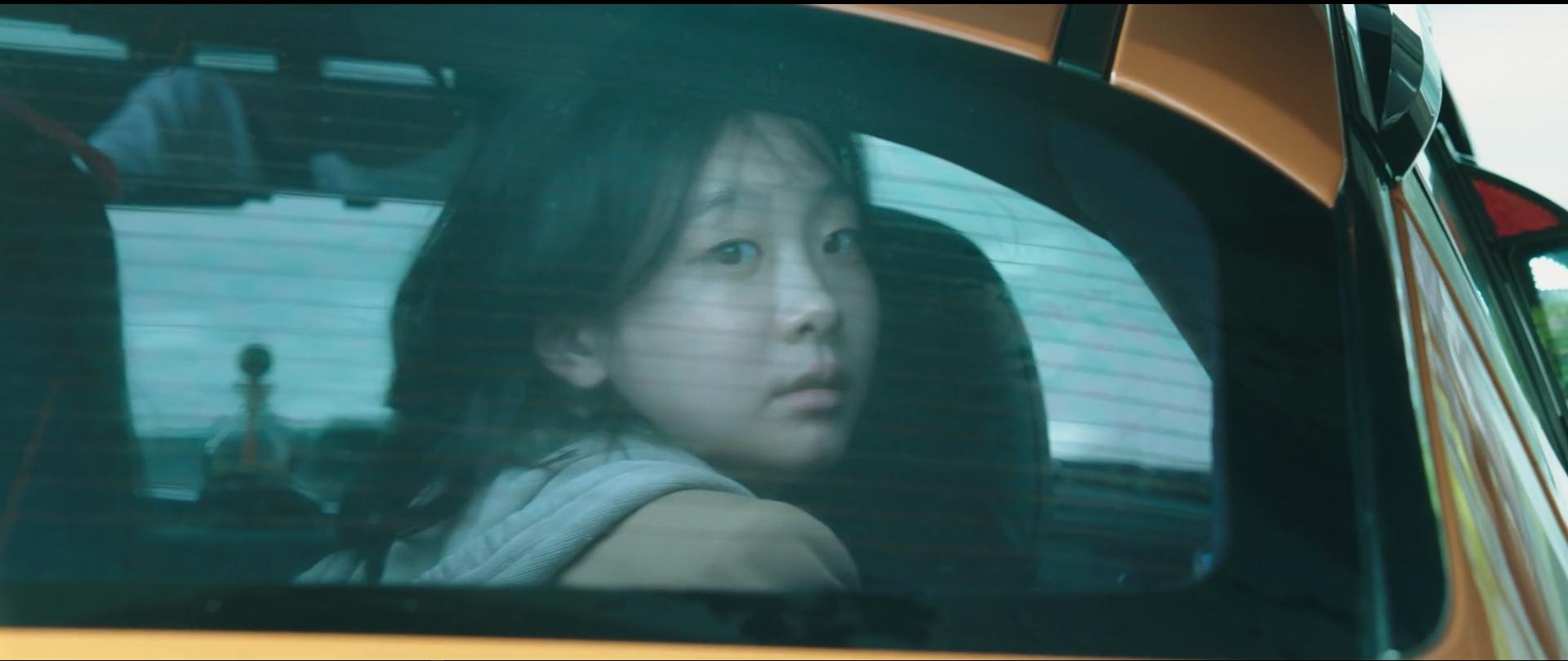 韩国动作悬疑电影《魔女》变异人不断反转剧情就为找自己的生父母 (14)