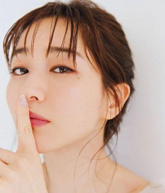 80后日本最美女主播田中美奈实写真作品 (23)
